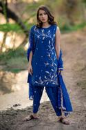 Embroidered Kurta & Dhoti Pant Set
