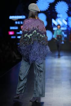 Embellished Cape With Shirt & Trouser