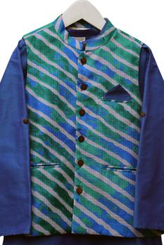 Leheriya Printed Jacket With Kurta & Pyjama