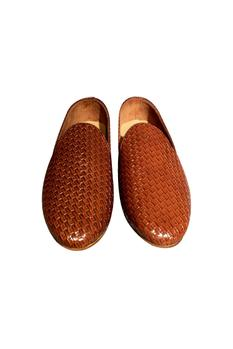 Brown non-leather woven handcrafted loafer