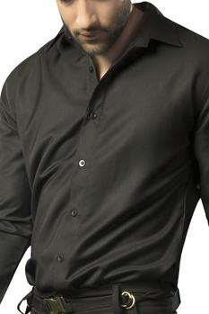Button-down shirt with embellished dragon