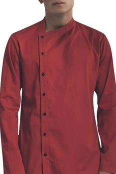 Full sleeves shirt with side button placket