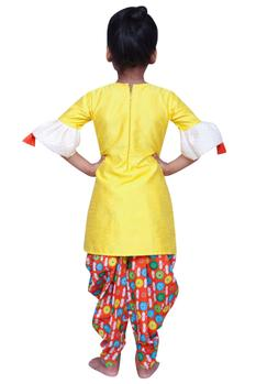 Frilled sleeves top with dhoti pants