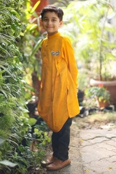 Cowl pleated kurta with churidar