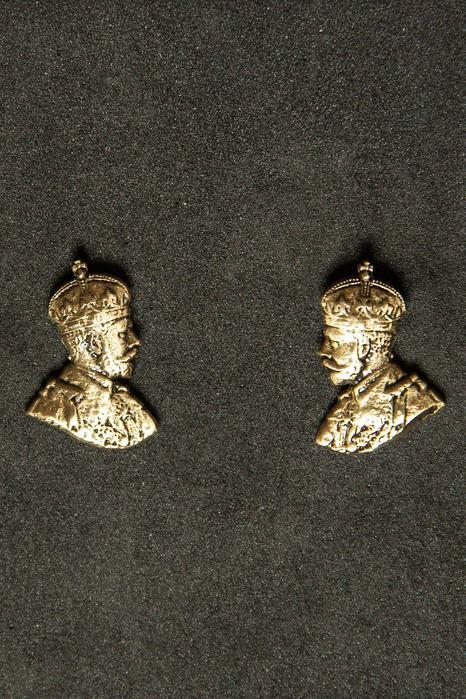 George V Collar Tips