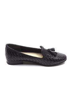Handcrafted Tassel Textured Loafers