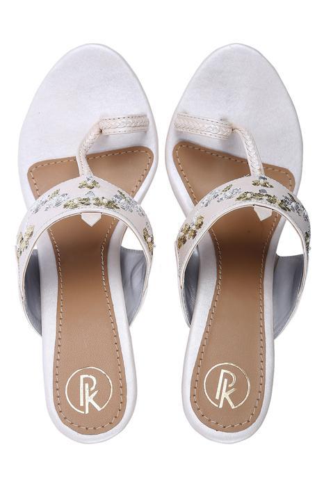 Floral Embellished Kolhapuri Heels