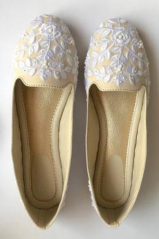 Floral Embroidered Ballerina Shoes
