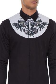 Black & white bib collar shirt