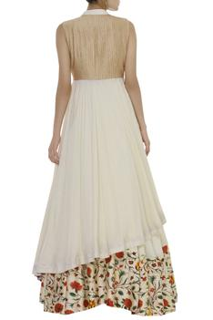 Bandhani bustier with embroidered cape & skirt
