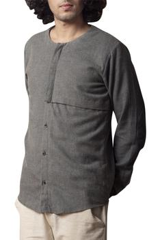 Full sleeves shirt