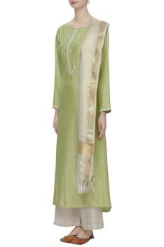 Linen Embroidered Kurta Set