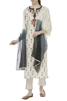 Ikat kurta set