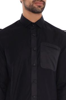 Black cotton solid slim fit shirt