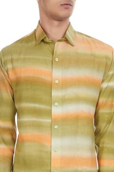 Multicolored shibori dyed collar shirt
