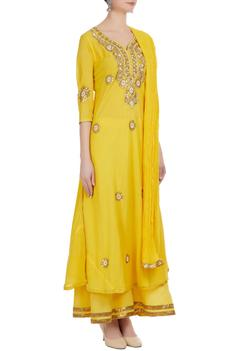 Gota patti embroidered kurta & sharara set