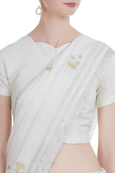 Linen handwoven saree with flower print