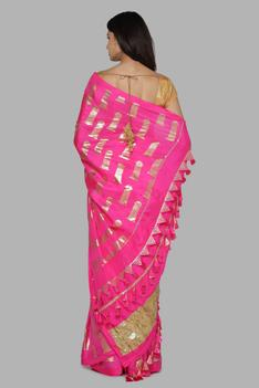 Silk Foil Print Saree with Unstitched Blouse Fabric