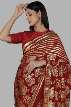 Foil Print Saree with Unstitched Blouse Fabric