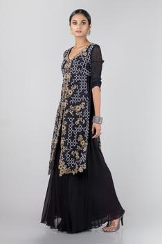 Embroidered Kurta & Gharara Set