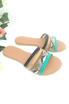 Embroidered Strap Sliders