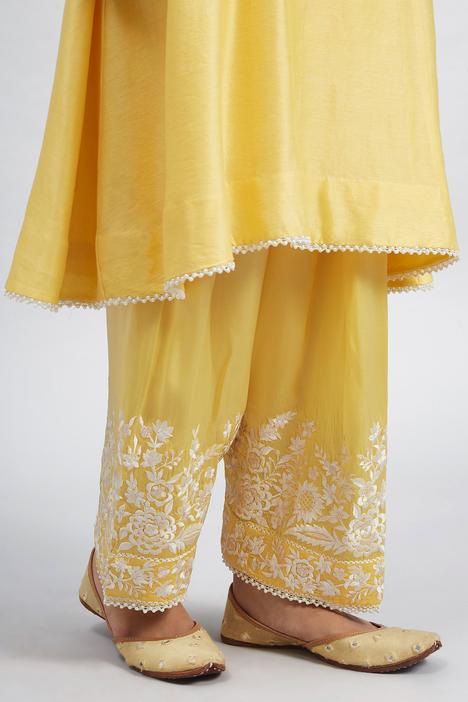 Kaina Chanderi Kurta Set