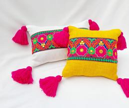 Handmade Tassel Cushion Cover (Single Pc)