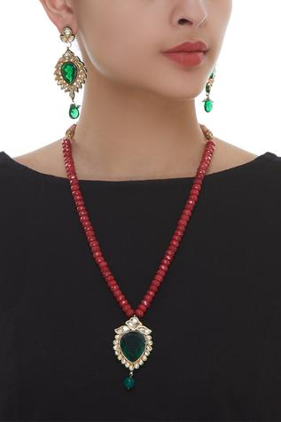 Bead necklace with Pendant & Earrings set