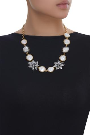 Stone studded floral necklace
