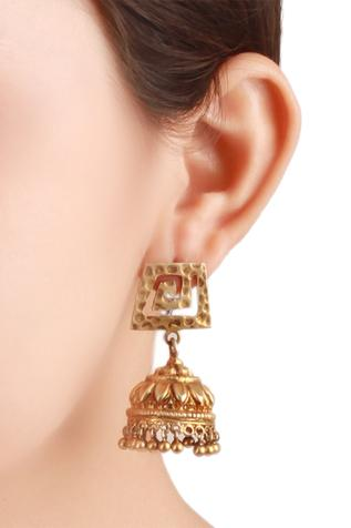 Handcrafted jhumkis