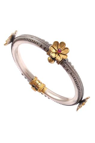 Noor Handcrafted Oxidized Bangle