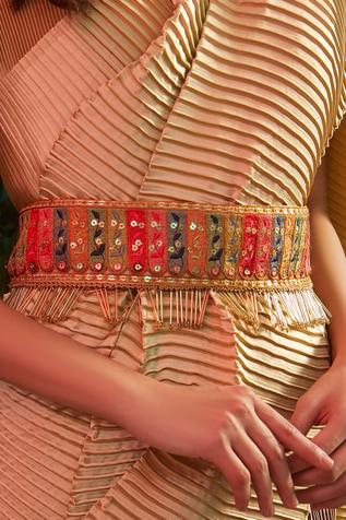 Tasuvure by Sonal Saraf Embroidered Belt