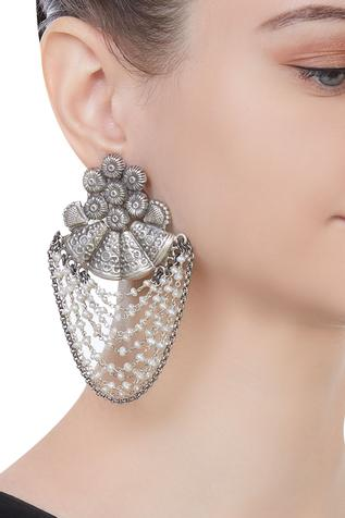 Pure silver earrings with fresh water pearls