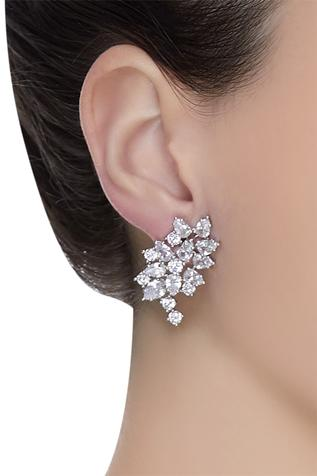 Floral design stud earrings