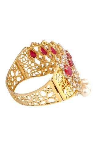 Cutwork Stone Bead Drop Bangle