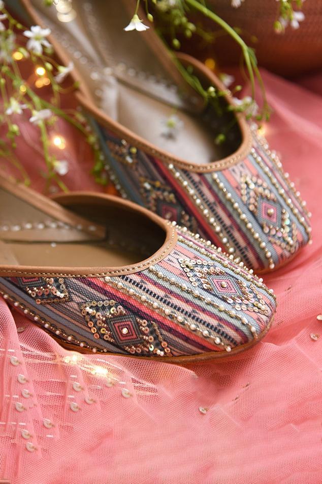Madisson Handcrafted Embellished Juttis