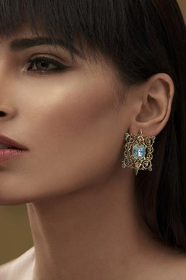 Eina Ahluwalia Crystal Earrings