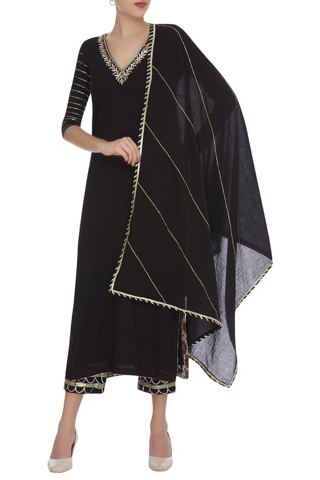 Gota & mukaish embroidered kurta set