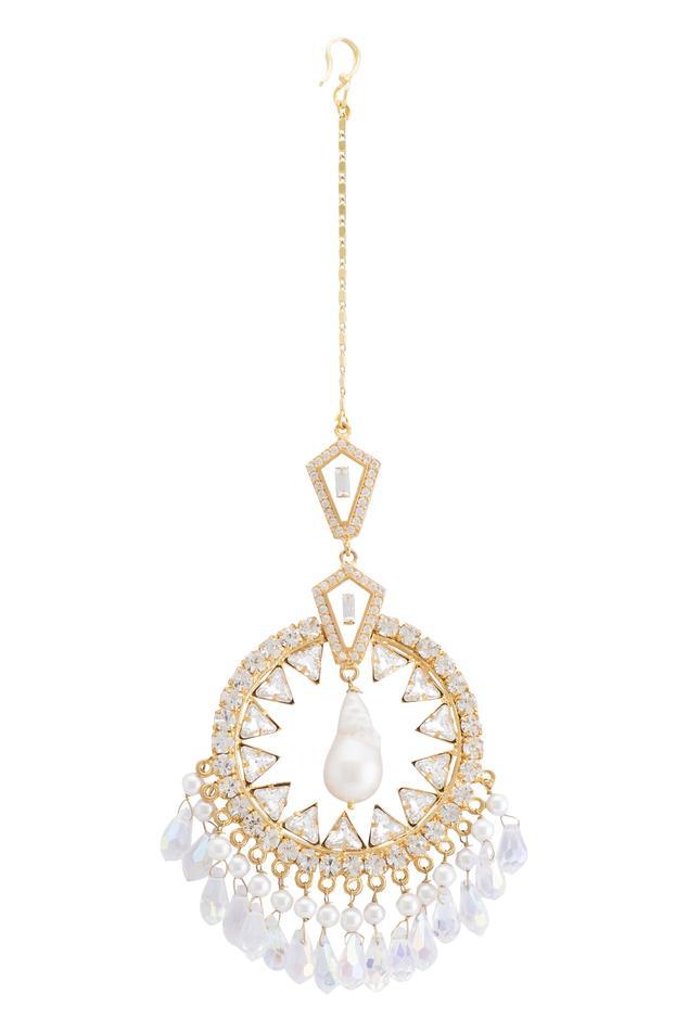 Beads & crystal maangtikka