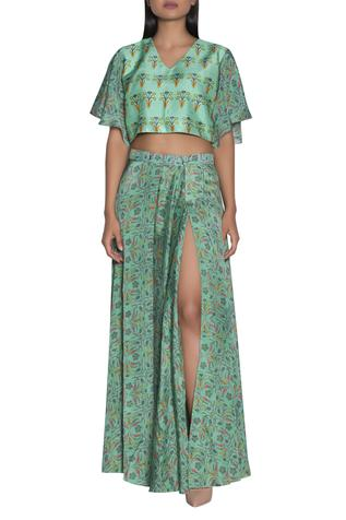 Printed slit skirt & crop top set
