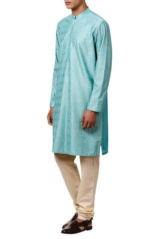 Thread embroidered kurta with button placket