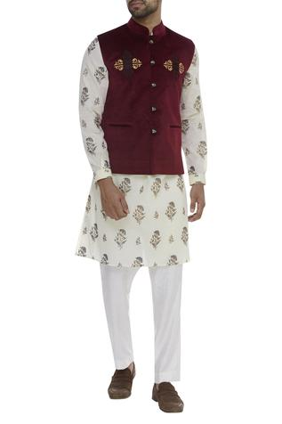 Thread Embroidered Nehru Jacket