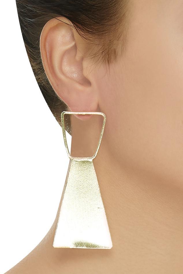 Triangular snap closure earrings