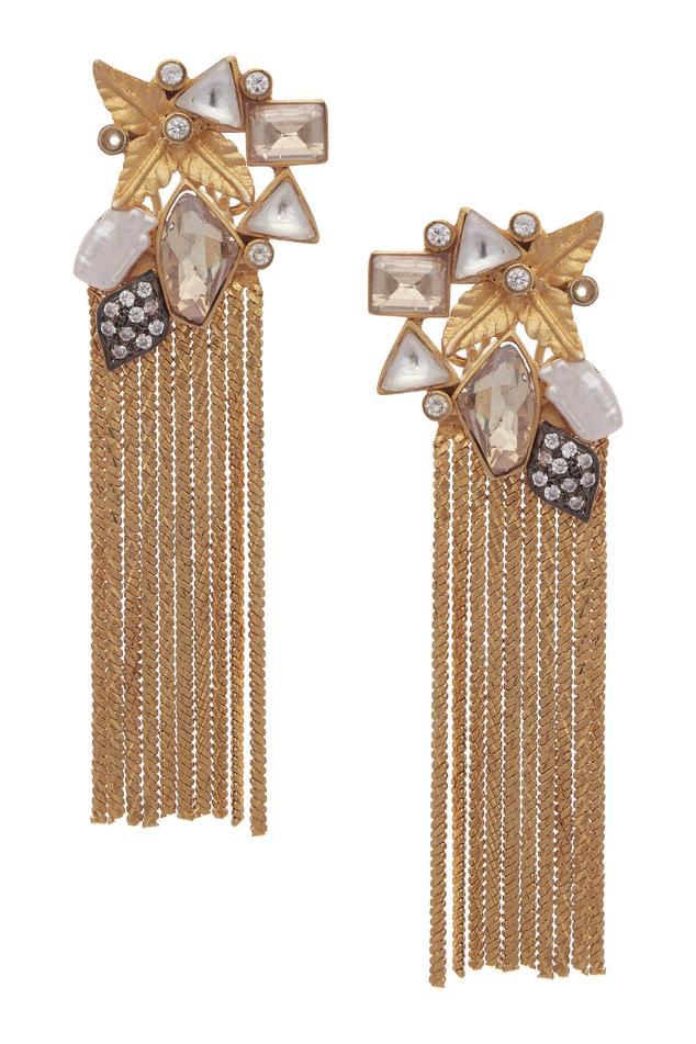Butterfly head fringe earrings