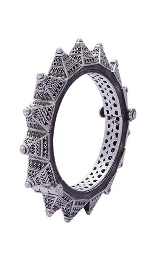 Carved cone structured bangle