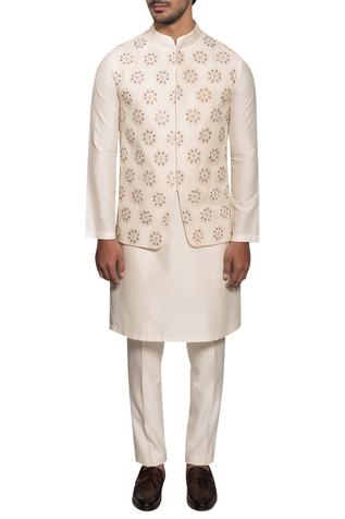 Embroidered Bundi Kurta Set