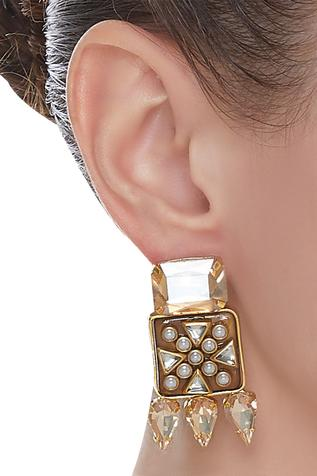 Geometric kundan earrings