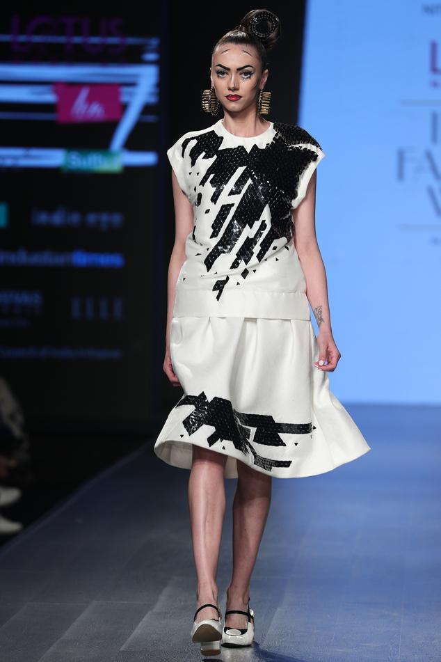 Hand Embroidered Skirt Set