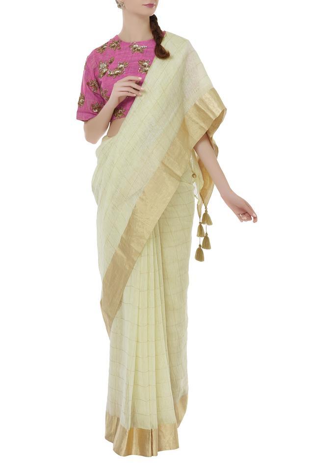 Handloom Muslin saree with Blouse