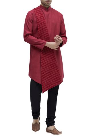 Embroidered asymmetrical kurta